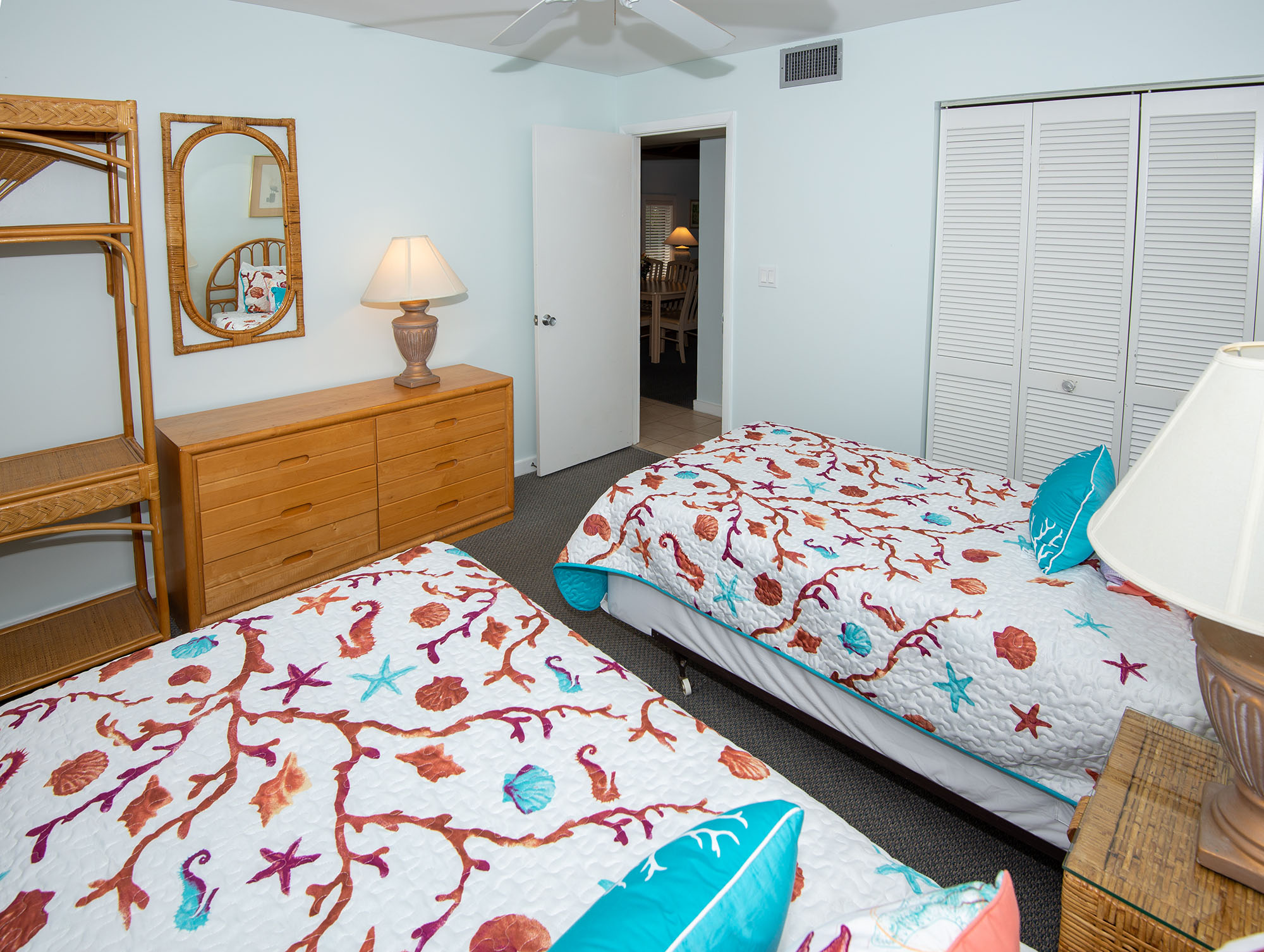 Marathon Key Beach Club Condo 3 double bedroom