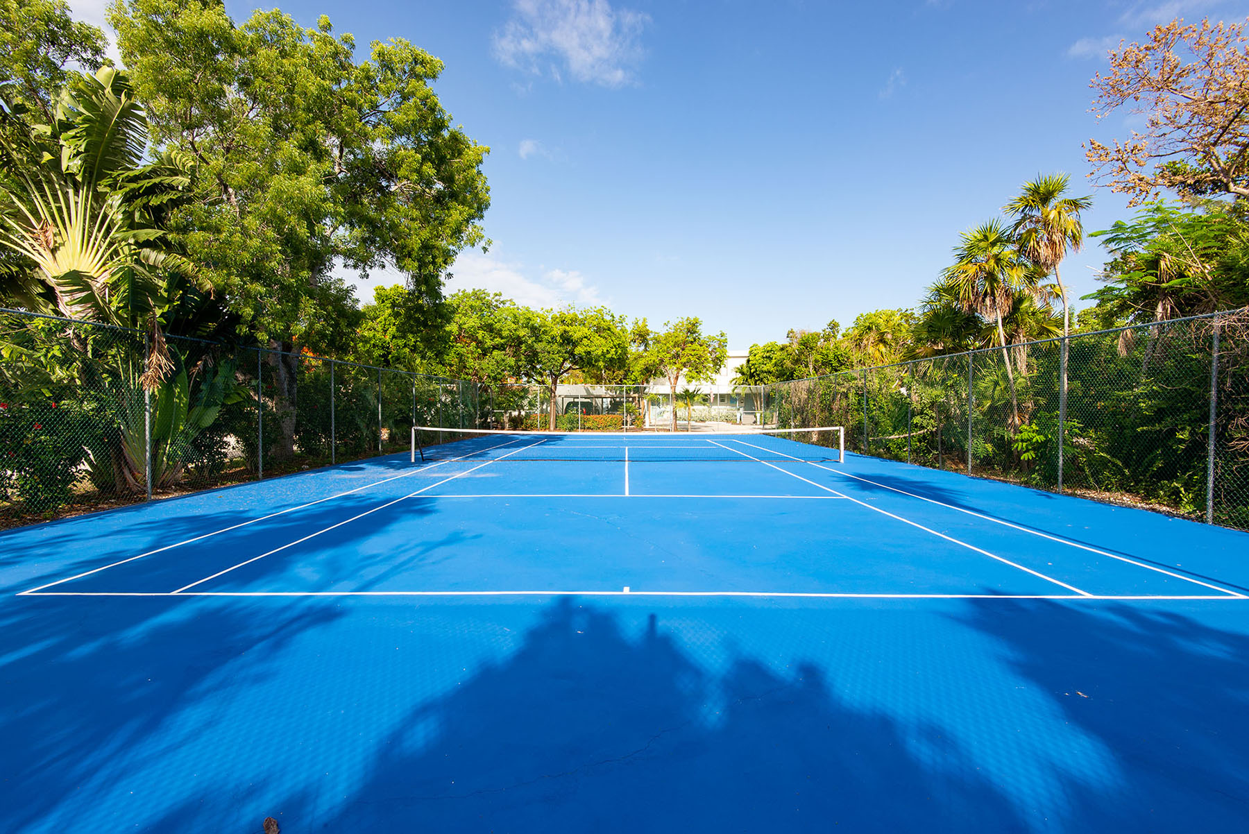 Marathon Key Beach Club tennis court